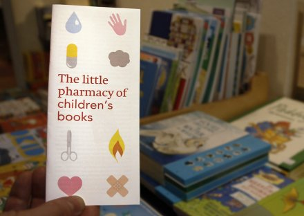 The little pharmacy of children's books - front
